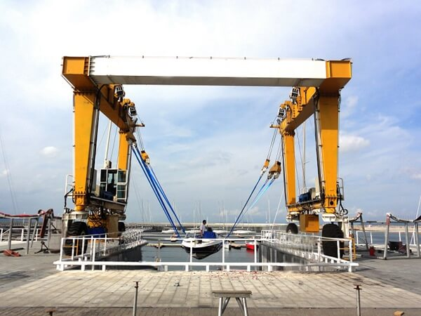 125 Ton Travel Lift For Sale