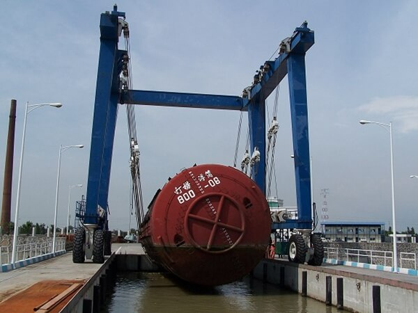 Professional Marine Lift Systems