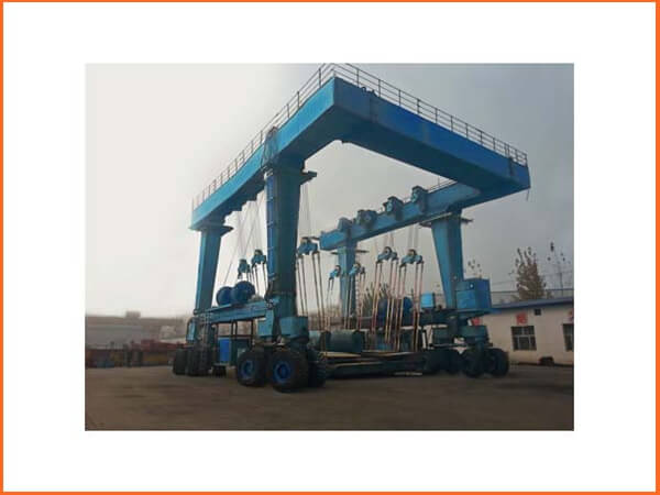 Travel Lift Manufacturers
