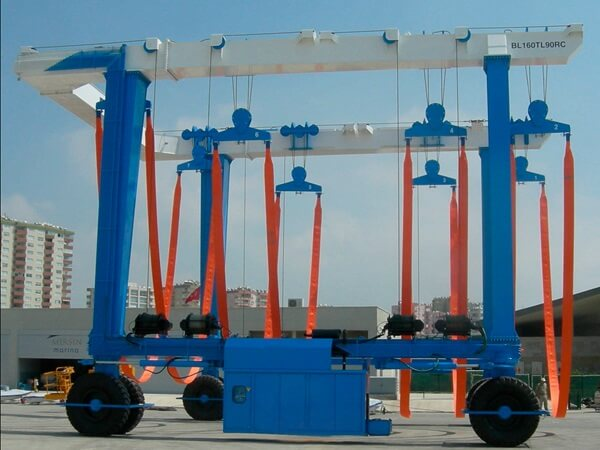 Types Of Marine Travel Lifts