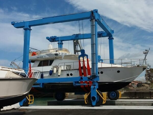 Mobile Marine Travel Lift
