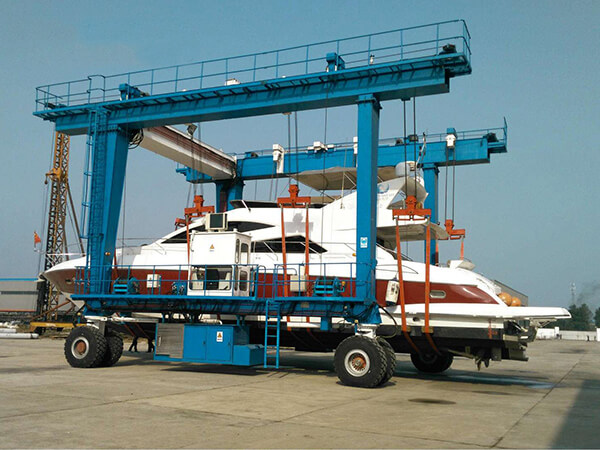 150 Ton Travel Lift for Sale